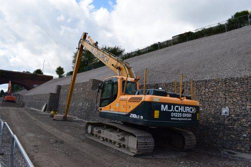 21t long reach excavator (2)